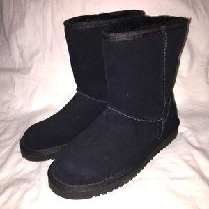 2/30 Koolaburra by Ugg Women's Kool Short Boots